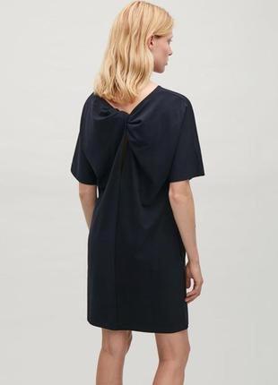 Темно - синее платье мини cos, оригинальная спинка, оверсайз