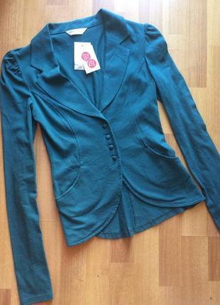 Новый трикотажный пиджак miss selfridge
