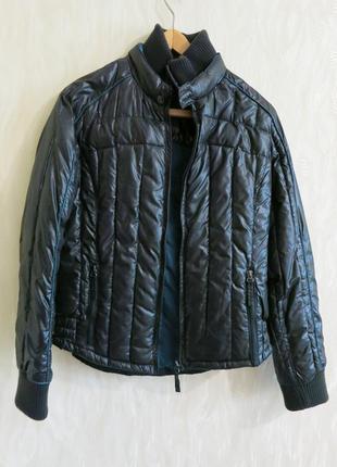 Очень легкая куртка