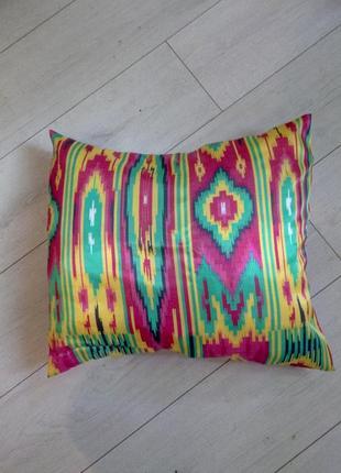 Декоративная наволочка из натуральной узбекской ткани