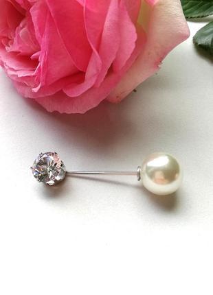 Декоративная брошь-булавка жемчуг и кристалл