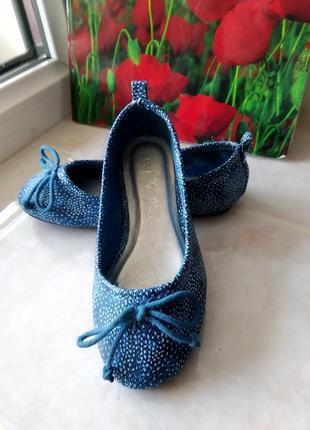 Крутые новые туфельки балетки бренда next uk 9 eur 27