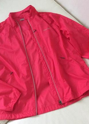 Лёгкая куртка ветровка reebok
