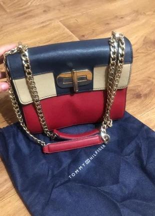 Оригинальную сумку tommy hilfiger