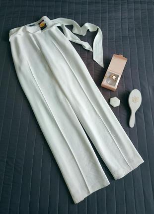 Белоснежные широкие брюки (92% вискоза)