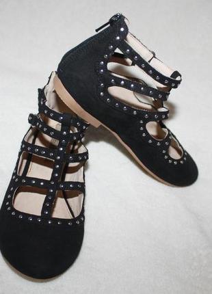 Суперовые туфли фирмы zara girls 29 размера по cтельке 18,5 см. идеал