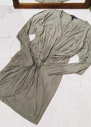 Повседневное платье с драпировкой перехлестом