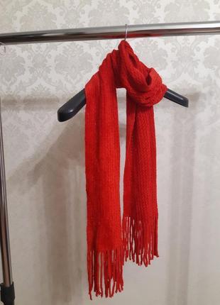 Мягкий плюшевый красный шарф