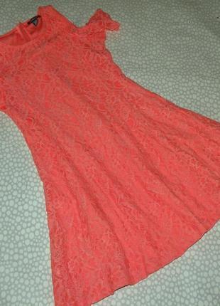 Кружевное платье 12-14 лет