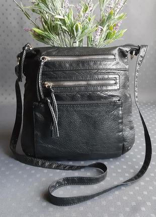 Красивая черная сумка на длинном ремешке фирмы  primark