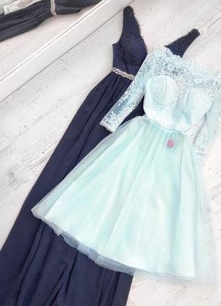 Платье с кружевным корсетом и фатиновой юбкой chi chi london