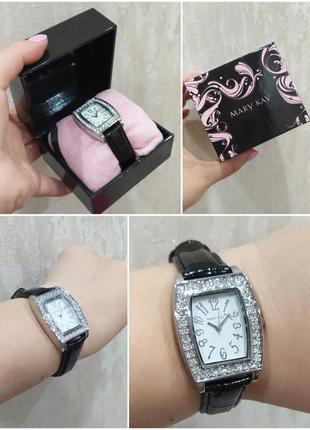 Часы с кристаллами сваровски