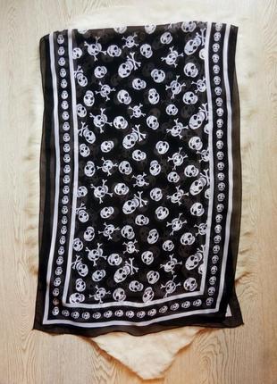 Черный длинный широкий платок шарф шифон с белыми черепами принт рисунок цветной