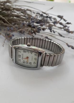 Наручные часы omax на кварцевом механизме (seiko - япония)
