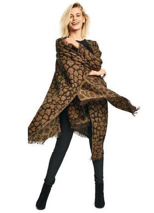 Элегантная теплая накидка-пончо esmara