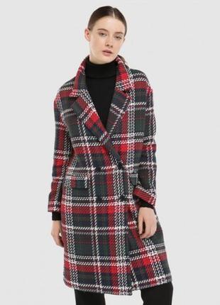 Клетчатое пальто от испанского бренда fórmula joven