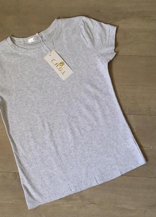 Новая качественная однотонная котоновая серая футболка