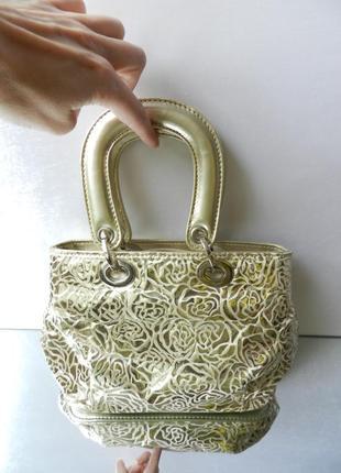✅ мини сумочка цвета бледного золота принт цветы розы фактурная ткань