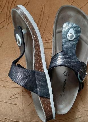 Серые серебристые шлёпанцы,  босоножки,  39-40.