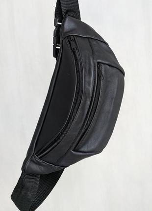 Большая бананка из натуральной кожи, сумка на пояс вместитетльная черная кожа б20