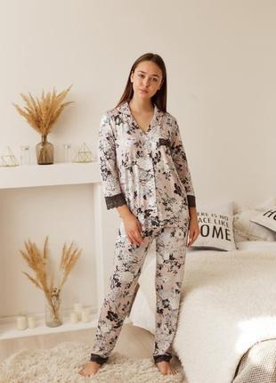 Женская пижама с кружевом - тёмные цветы2 фото