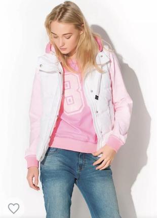 Ярко-розовый свитшот oversize