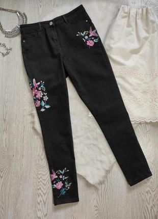 Черные джинсы скинни американки средняя высокая талия посадка стрейч с вышивкой цветочным