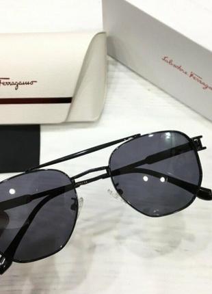 Salvatore ferregamo очки унисекс