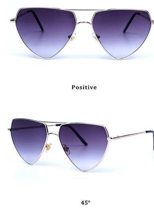 Треугольной формы в металлической оправе очки от солнца с серой градиентной линзой
