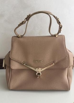Бежевая нюдовая сумка оригинал италия liu jo