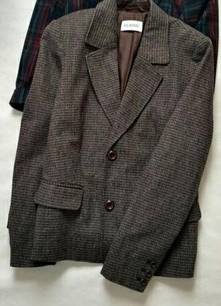 Стильный,теплый пиджак
