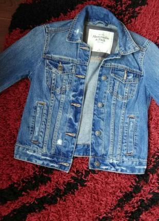 Стильная джинсовка, джинсовая куртка,пиджак