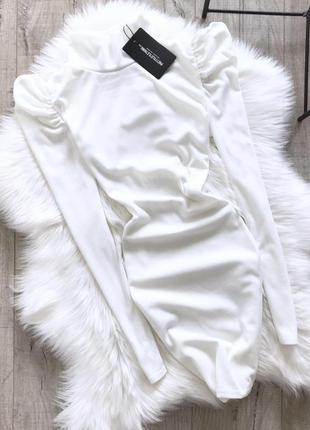 Плаття в рубчик