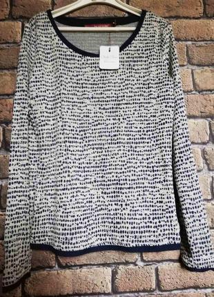 Фирменный пуловер от vicki vero