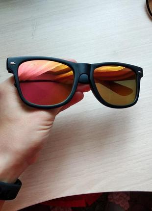 Солнечные солнцезащитные очки в матовой оправе под ray ban