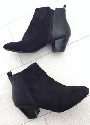 Ботинки, ботінки, чобітки, на толстом каблуке, на низькому каблуку,от roberto vianni.