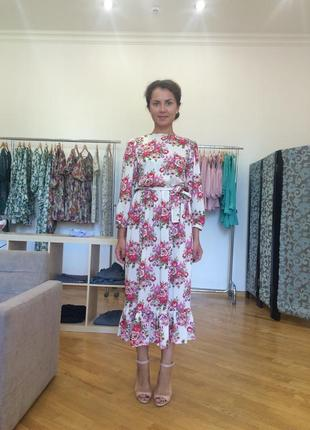 Летнее платье в цветы дизайнера анны яковенко.