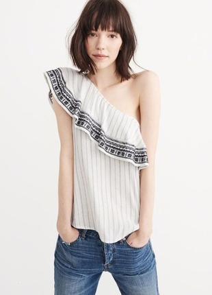 Топ блуза с воланом abercrombie&fitch