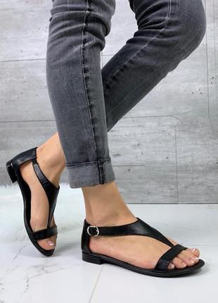 Новые женские кожаные черные босоножки
