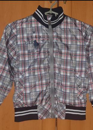 Лёгкая куртка/ветровка в клетку на мальчика