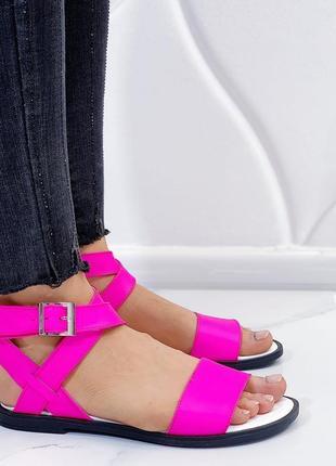 Новые женские кожаные розовые босоножки