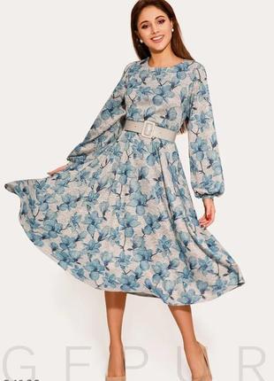 Повседневное платье в цветочный принт