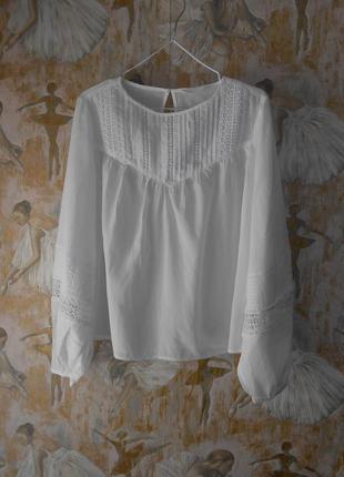 Как новая блузка  36-38 р.  с прошвой