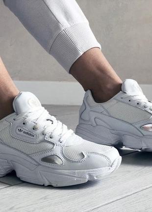 Adidas falcon жіночі кроссівки