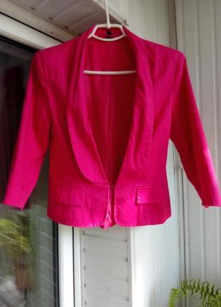 Коттоновый брендовый пиджак