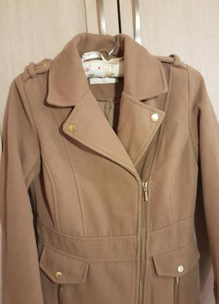 Демисезонное пальто верблюжьего цвета2
