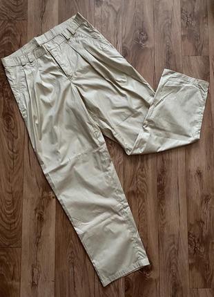 Новые штаны с защипами бананы сафари бежевые