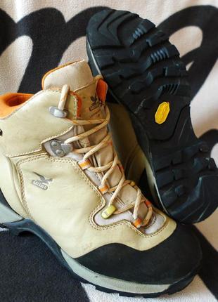 Трекинговые ботинки спортивные горные salewa lynx gore tex vibram