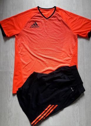 Спортивный комплект футболка шорты  adidas m