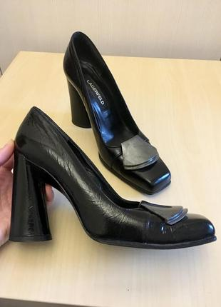Туфли lagerfeld  винтаж лаковая кожа